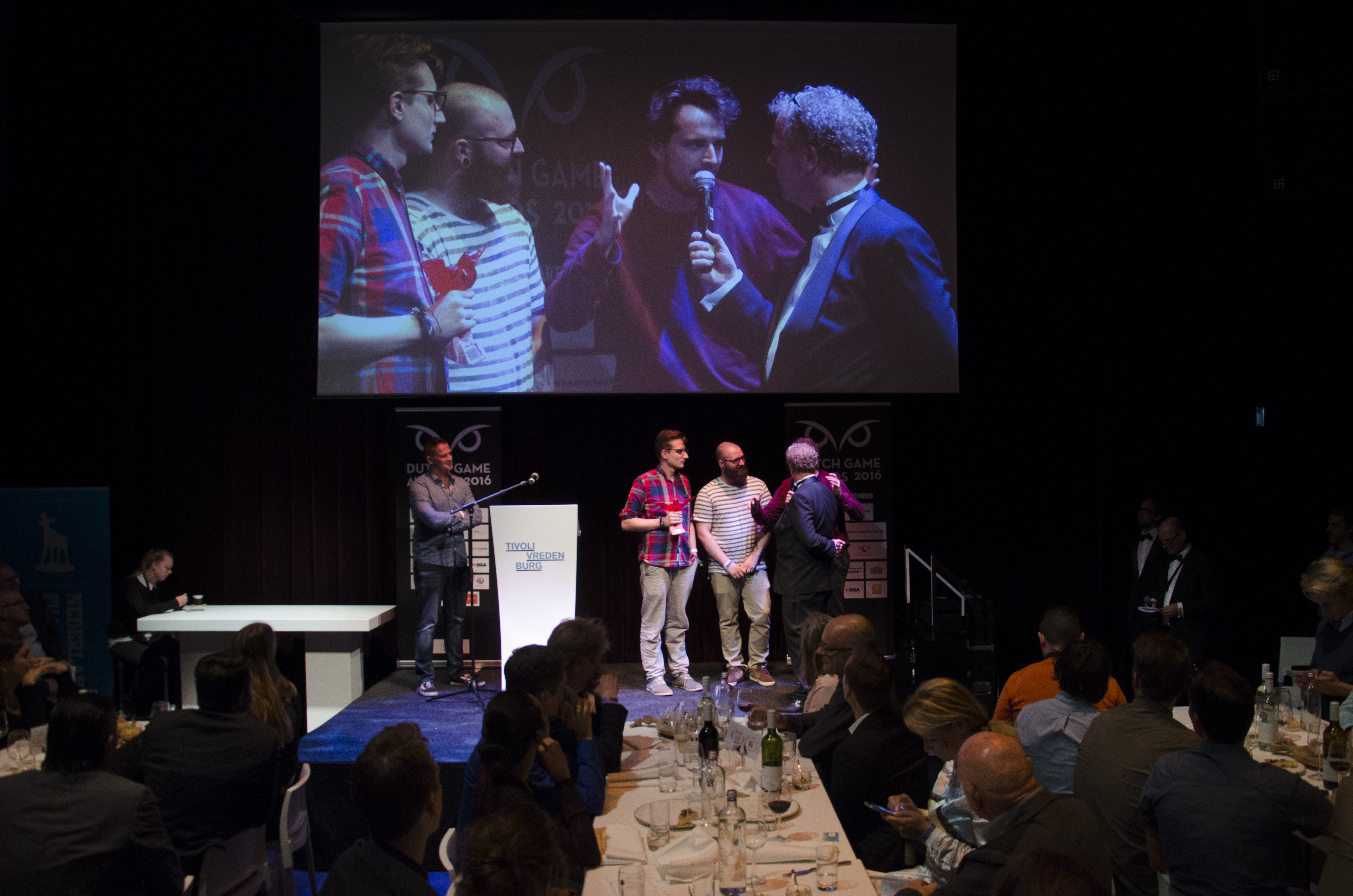 2016_DGA__FRU – Through Games- Gamer.NL Award